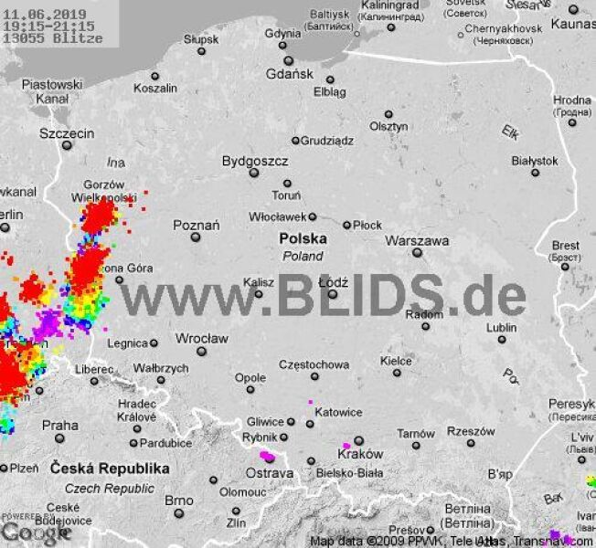 Ścieżka burz w godzinach 19.15-21.15 (blids.de)