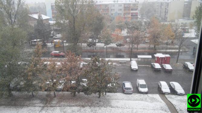 Strefa opadów na coraz większej części kraju. Piotrków Trybunalski już pod śniegiem