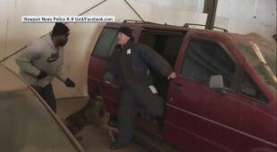 Policyjne psy z Newport trenują wspólnie ze swymi partnerami - ludźmi
